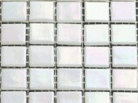 OTSP 03 white iridescent 20x20x4mm